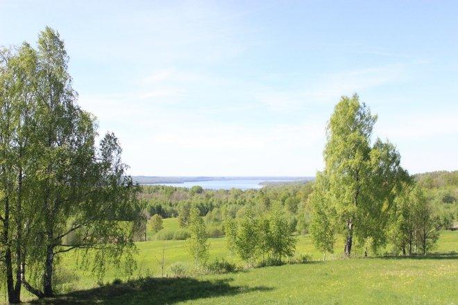 Sauka ežeras ir jo apylinkės