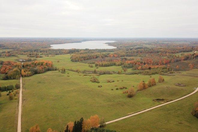 Saukas ezers un tā apkārtne